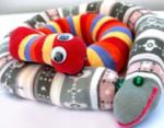ساخت عروسک مار با جوراب شلواری بچهگانه
